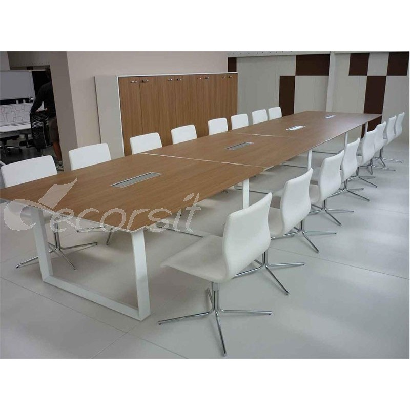 saw meeting table